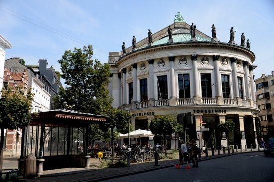 Antwerpen_bourla-schouwburg