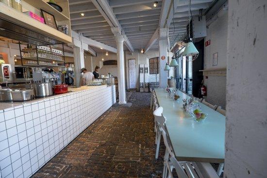 Antwerpen_balls-glory-restaurant-eilandje