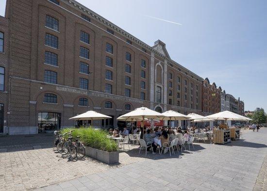 Antwerpen_balls-glory-felixpakhuis