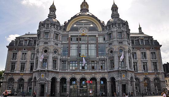Antwerpen_monumenten-centraal_station_g.jpg