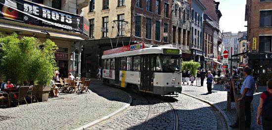 Antwerpen_tram-De-Lijn