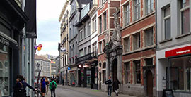 Antwerpen_winkelstraten-De-Kammenstraat--k.jpg